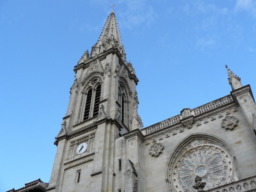 Monumento destacado de la ciudad de Bilbao. Visita imprescindible durante su estancia